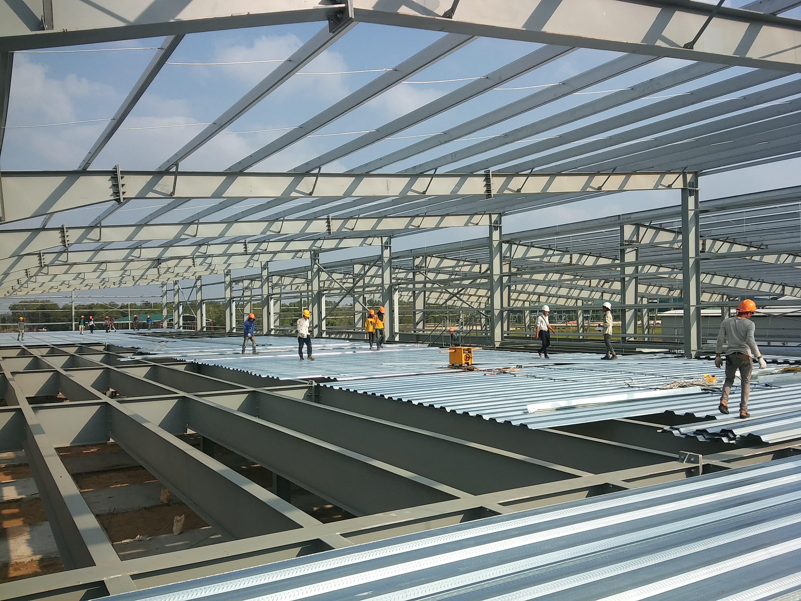 4 loại sàn phổ biến trong xây dựng nhà xưởng khung thép